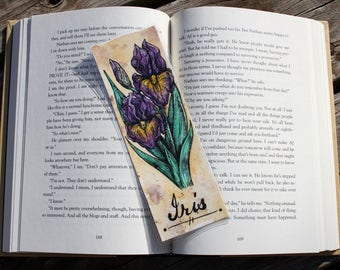 Botanical Flowers: Iris Bookmark