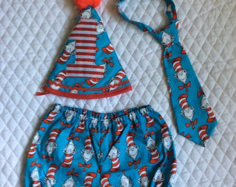 Boys 1st birthday    Dr Seuss outfit,cake smash  pants set,12 months.Ready to ship