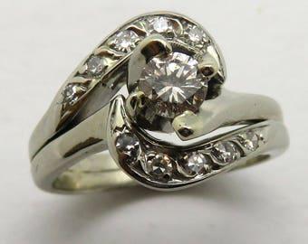 14K White Gold Dismond Ring
