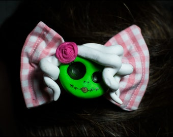 Zombie Doll hairclip
