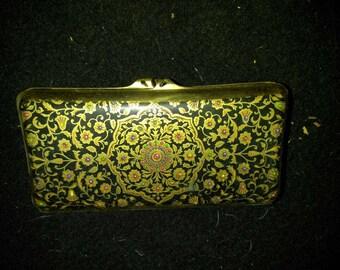 Vintage Stratton brass cigarette case black with red gold filligree