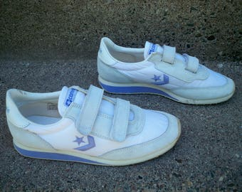 Vintage CONVERSE Chucks Purple Leather Low Top Women's Shoes Sneakers Kicks Size 8 US Made in Taiwan