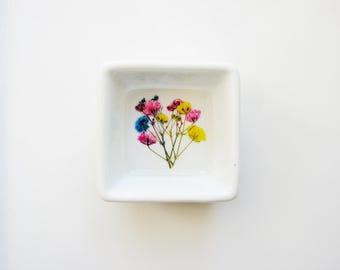Colorful Ring Dish, Rustic Bridal Wedding Dish, Small Ring Dish with Real Flowers, Jewelry Plate, Minimalist, Nature Lover Gift