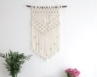 Josephine Macrame Wall Hanging - Bohemian Decor / Macrame Wall Hanging