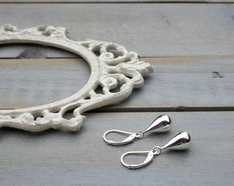 Sterling Silver Tear Drop Earrings / Silver earrings / Drop earrings / Silver / Small Silver Drop Earrings / Sterling Silver Tear Drop