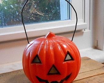 Vintage 1950s hard plastic Halloween Pumpkin Jack-o-lantern, light up