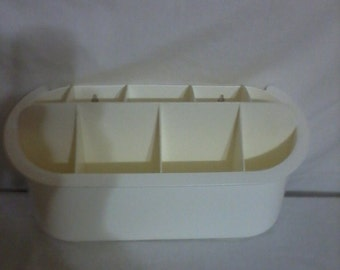 Vintage Tupperware Place for Utensils