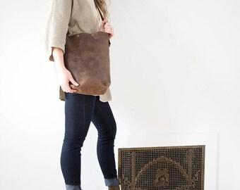 BEATRICE  Leather Shoulder to Cross Body Bag//Everyday Bag.  Tote Bag. Leather Bag.  Leather Tote. SS17. Brass Hardware. Tassel. Boho
