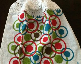 Crazy Circles and Dots Crocheted Top Towel  (R1)