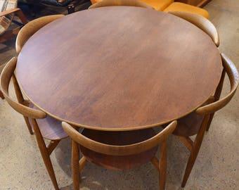 Hans J. Wegner 4 Heart Chairs & Matching Dining Set