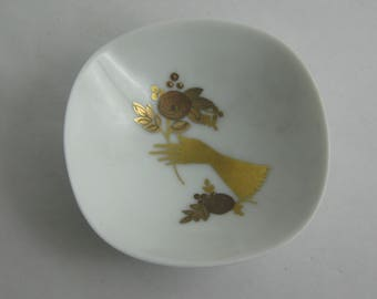 """Rosenthal Germany. Charming small bowl. Similarly """"Quatre Couleurs"""" with gold hand painted. Collector's item. Approx. 7.5 cm. VINTAGE"""