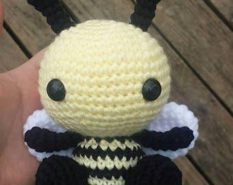 Crochet Bee Plushie, Bumble Bee, Amigurumi Bee, Kawaii Bee, Handmade, Soft Toy, Bee Toy, Spring Time Gift, Under 20 Gift