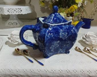 Vintage Tea Pot Blue Toile