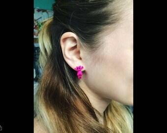 Kitten Stud Earring