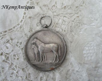 Old horse medal/pendant