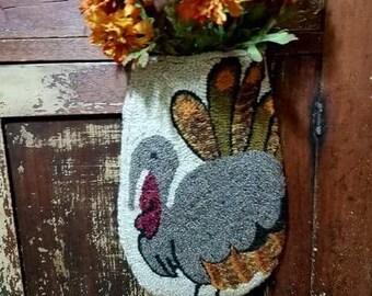 Hanging Turkey Pocket Rug Hooking Pattern