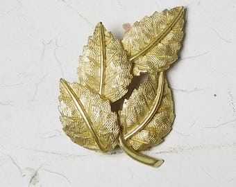Cluster of Leaves Brooch Brush Stroked Detailed Gold Tone Metal Vintage Costume Jewelry