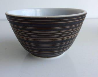 Vintage Pyrex Terra Mixing Bowl #401 1 1/2 Pint