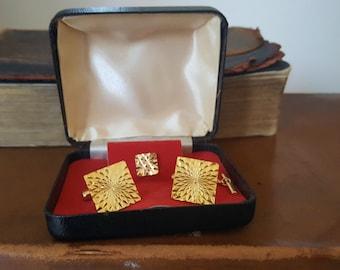 Vintage Boxed Diamond Cut Cufflinks and Tie Pin Set