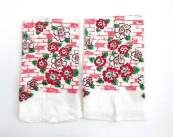 Vintage Kitchen Towels Handtowels Climbing Flowers Set of 2 Unused Dishcloths Pink Red Charming Cottage Decor 1950s