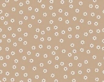 Riley Blake Fabric - Sew Cherry 2 C5803 Daisy Nutmeg Lori Holt - Quilt, Clothing, Crafts