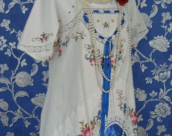 RESERVED Stunning Vintage Cotton Crochet Lace Rose Embroidered Layering Top Tunic White Royal Blue