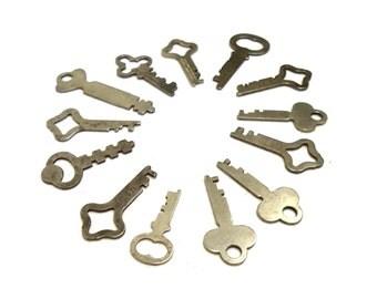 Baker's Dozen 13 Genuine Vintage Flat Keys Jewelry Supplies Necklace Pendant Charms