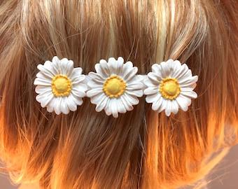 Daisy Barrette| White Daisy French Barrette| Hair Accessory|Metal Barrette| Flower Barrette| Button Barrette