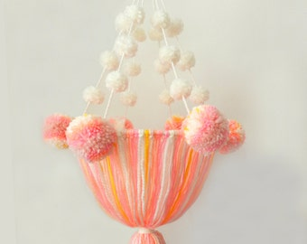 Pompons and strings chandelier