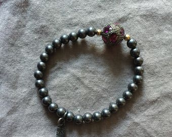 Oxidized Silver Bead Stretch Bracelet with Amethyst and Silver Accent Bead