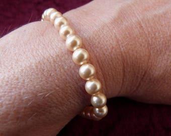 Vintage 1980s Faux Pearl Bracelet