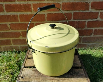Vintage Yellow Porcelain Enamelware Stock Pot w/ Lid and Handle