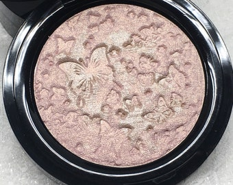 Le Papillon Magique Pressed Highlighter Face & Eye Highlight Powder Blush