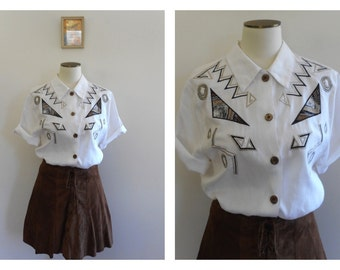 SALE // Vintage 80s Abstract Blouse // TRIBAL // AZTEC  // White Linen  // Embroidered // Patchwork // Metallic Thread // Resort // Size: S