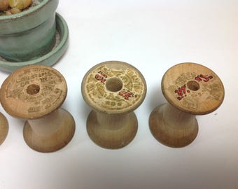 Vintage wooden thread spools/lot of 32 antique wooden spools/ Craft spools/ Art supplies