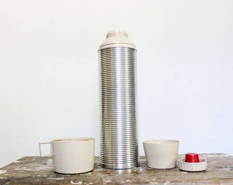 Vintage ribbed aluminum Thermos brand thermos with tan cup lid, quart size, hot drink travel mug, soup container, drink bottle, camping cup