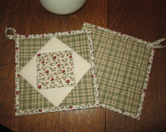 Quilted Potholders / Hotpads / Mug Rugs / Candle Mats / Trivets / HP108