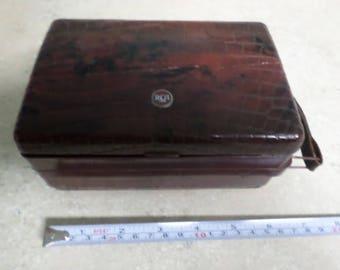 Vintage 1948 RCA Victor Portable Radio 54B3