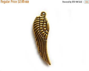 HALF PRICE 6 Gold Angel Wing Charms  - 16mm