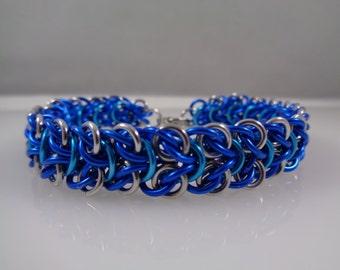 Wood Elf Chainmaille Bracelet; Blue, Turquoise & Silver Chain Mail Bracelet; Chainmail Bracelet; Chain Maille Bracelet