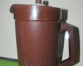Vintage Tupperware 1-Qt. Pitcher BOX 05