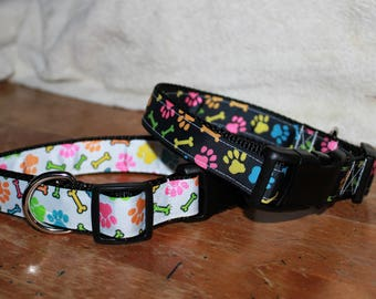 1 inch wide PAW PRINTS Plastic Buckle Collars - PERSONALIZED