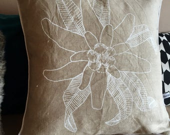 White EDELWEISS cushion
