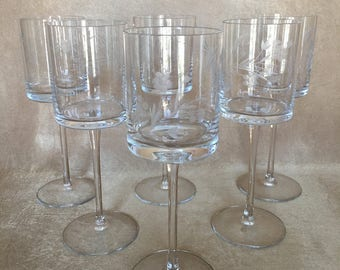 Etched Wine Glasses, Toscany Glass, Romania, Tall Stem, Floral Etching, Straight side Bowl, Flat Bottom, Vintage Wine Glass, Glamour Barware