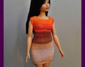 Dress for curvy Barbie dolls