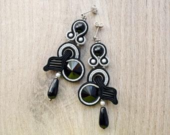 Dangle soutache earrings. Black handmade soutache jewelry.