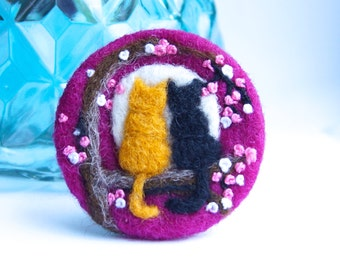 Mothers Day Gift, Cat brooch, cat pin, Needle felted brooch, 'Love cats', Wool, Felt Brooch, Gifts for her, cat jewellery,
