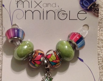 Cousin 7 piece Mix and Mingle Glass Metal Lined Beads with Pineapple Charm......Interchangeable with Popular Brand Bracelets..... NEW