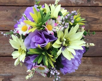 Green and Lavender rose, peony and daisy bouquet & bout