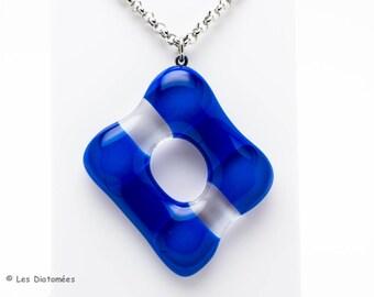 Fused glass pendant - bleu and transparent